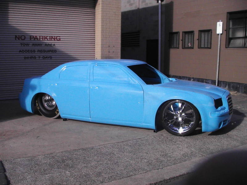 check this out.......300c racecar body... 5910132-glass3003