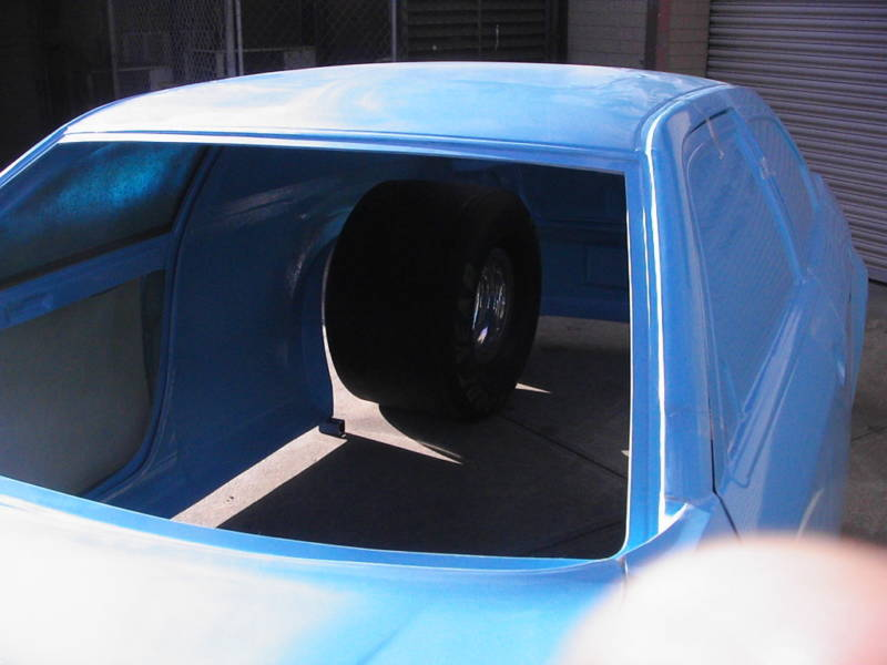 check this out.......300c racecar body... 5910133-glass3002