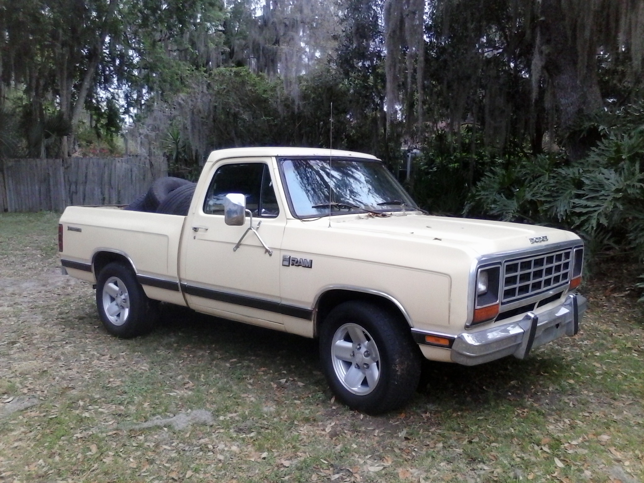 Central Florida Jeep Chrysler Dodge 1981 to 1993 Dodge Ram Trucks.....show what ya got ...