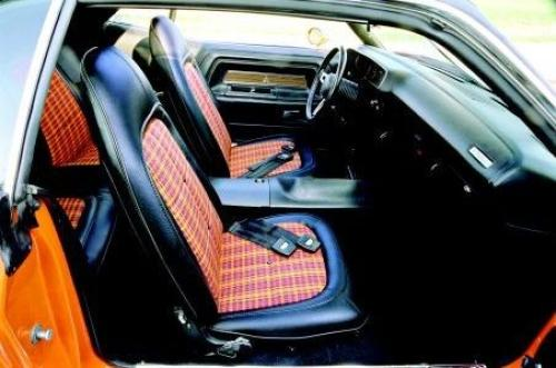 What Does H5x9 Cloth Vinyl Bucket Seats 1971 Look Like