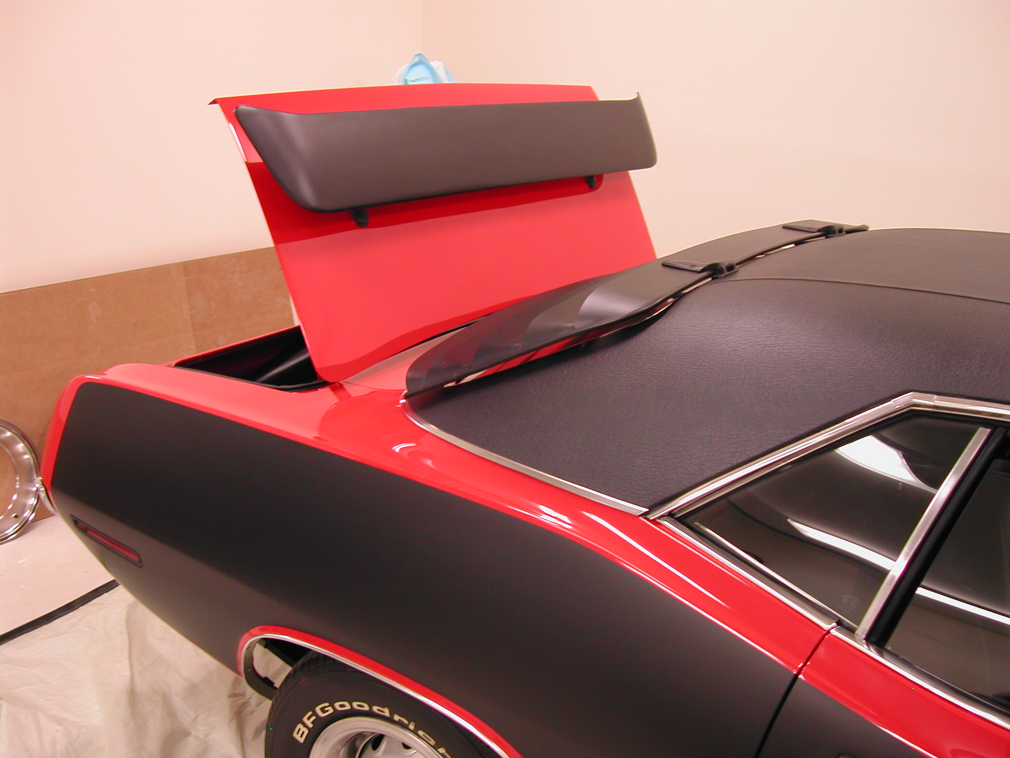 Challenger Rear Window Louvers Moparts Question And Answer Http Boardmopartsorg Ubbthreads Wiringdiagjpg 6557673 Dscn1496