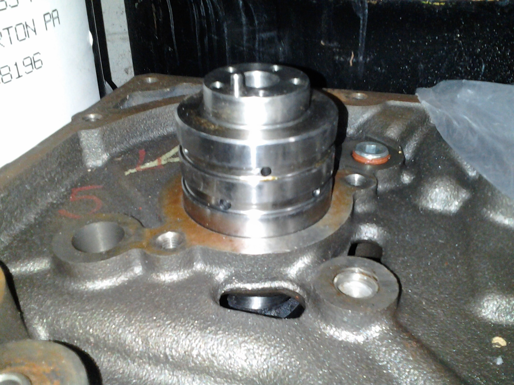 VVT Cam in 6.1 Block.jpg