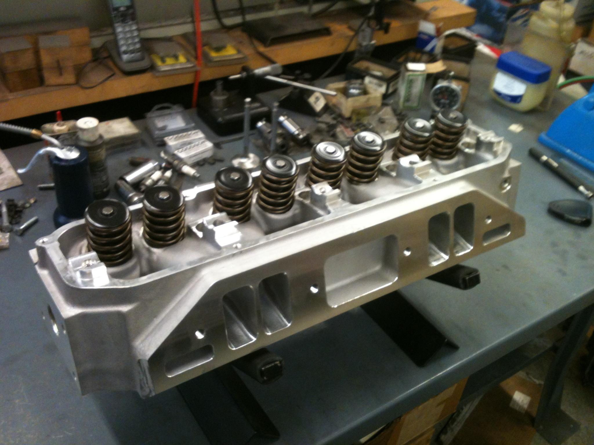 Pro Comp BB Victor CNC heads | Unlawfl's Race & Engine Tech