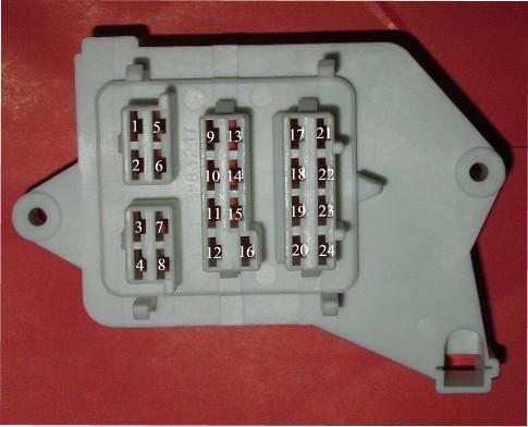 E Bodybulkheadconnector