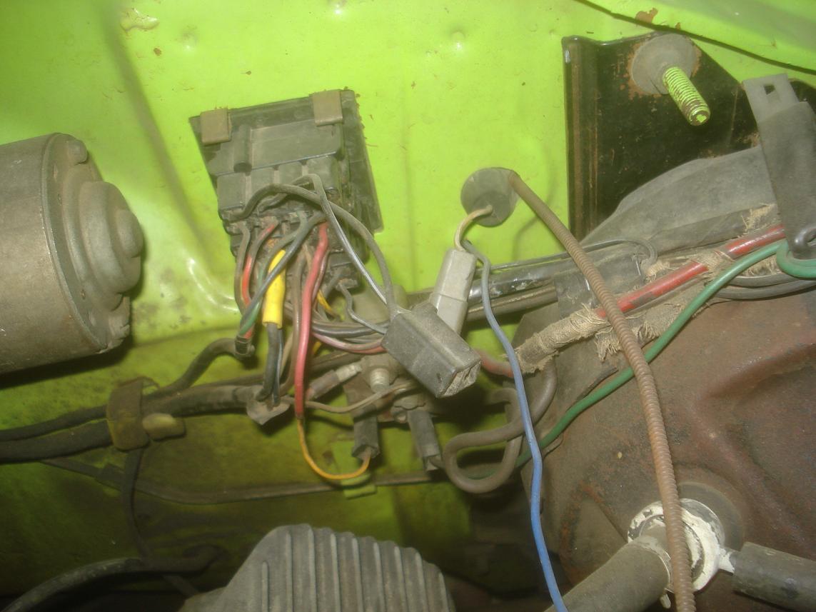 70 B Body Tach Hole Moparts Restoration A12 Forum Forums Dieseltachwiring Diesel Wiring Http Wwwjeepforumcom 5777089 1970gtxtachhole
