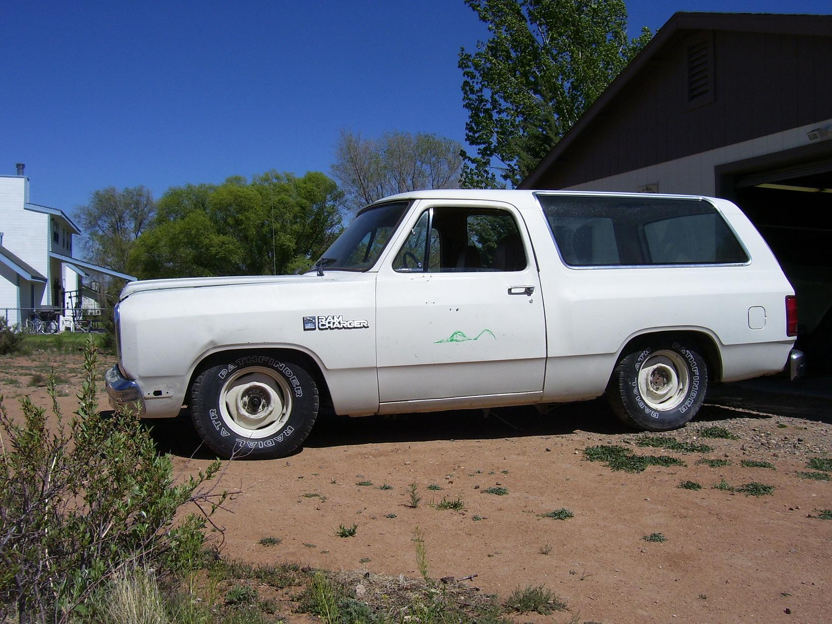 Image Gallery Lowered Dodge Trucks