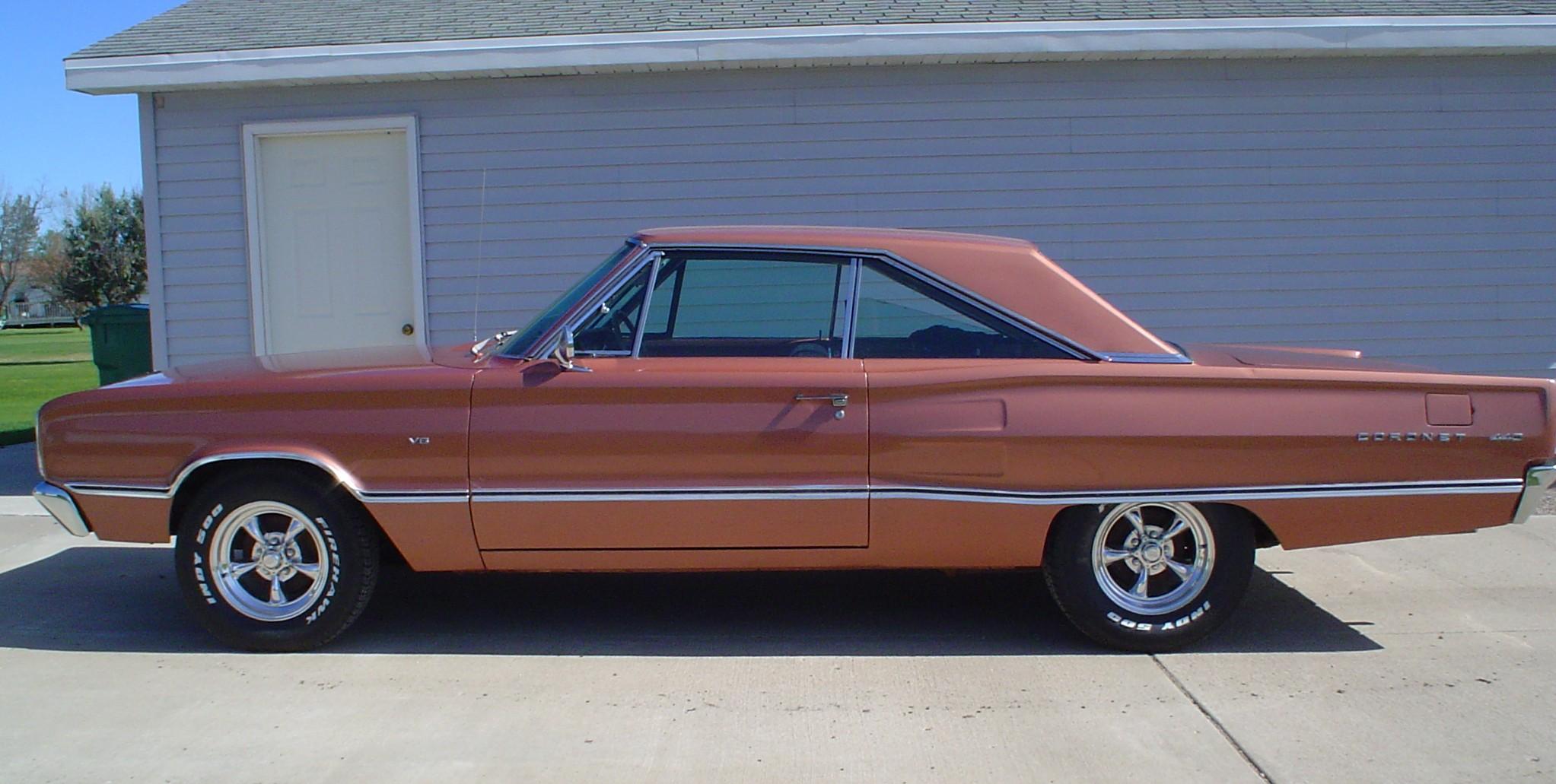a 1967 Dodge Coronet come