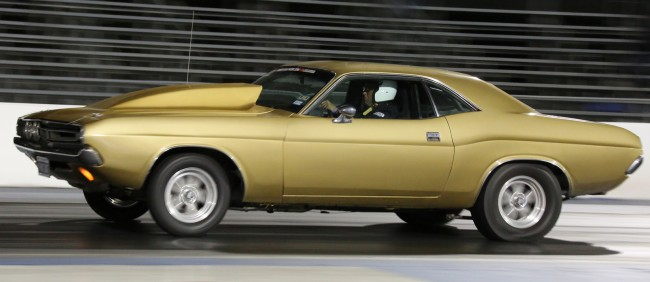 Attached picture 8278125-29-1971-challenger-charley-ogle-drag-week-2014-daily-driver-650x282.jpg