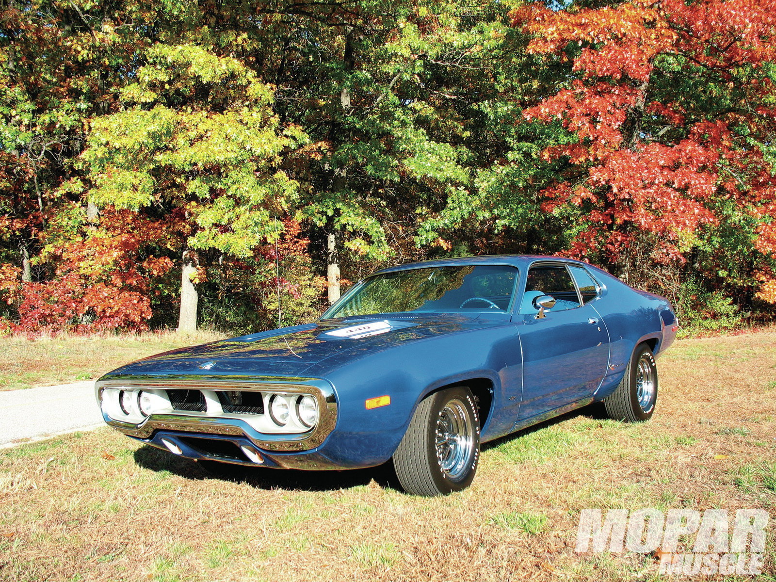 Attached picture 8368705-1972-plymouth-road-runner-gtx.jpg